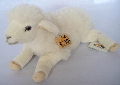 写真:ねそべり 子羊