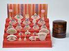 サムネイル:小黒三郎 円びな五段飾り(普通垂幕 赤)