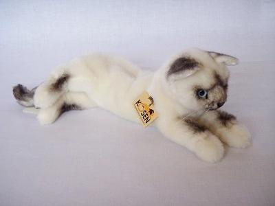 写真:ねそべり猫(小)ヒマラヤン